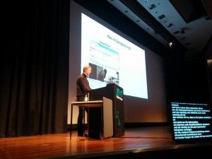 David Kriesel beim Vortrag zu SpiegelMining