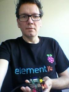 T-Shirt inklusive, der Raspberry Pi